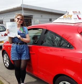 Driving Instructor Hull, Adelle Howlett