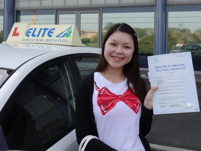 This is Nini Loo who took her driving lessons in Hull