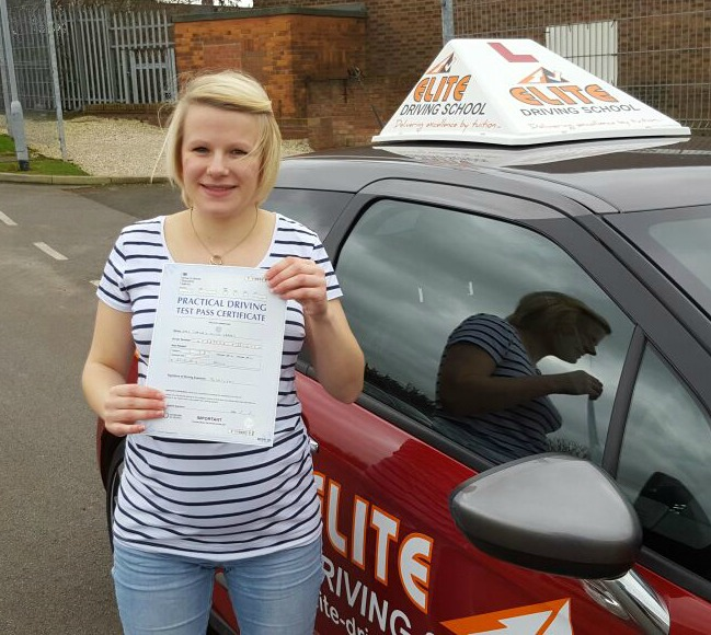This is Chelsea Ledden who took her driving lessons in Hull