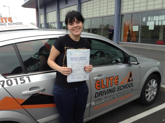 This is Brooklyn Ward who took her driving lessons in Hull