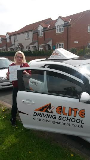 This is Chantelle Parker who took her driving lessons in Hull