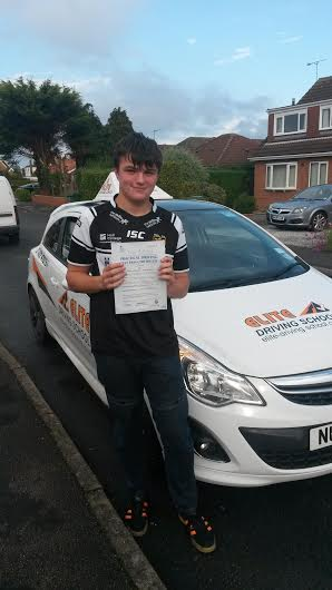 This is Jake Vinegrad who took his driving lessons in Hull
