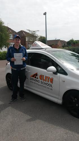 This is Ryan Cartwright who took his driving lessons in Hull