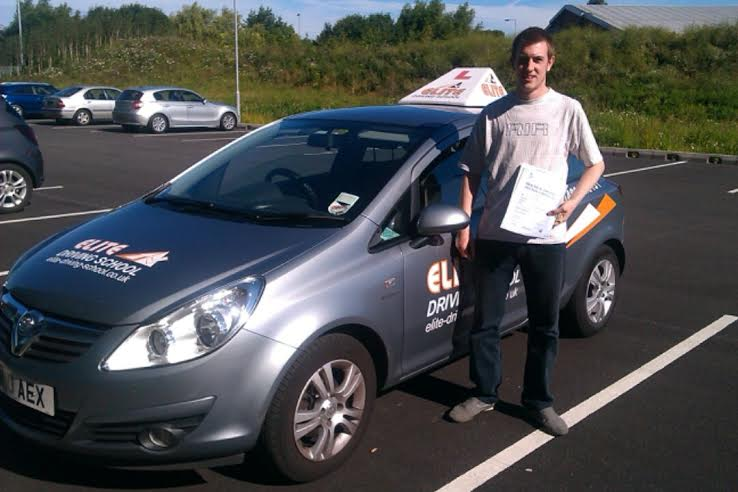 This is Liam Parker who took his driving lessons in Hull