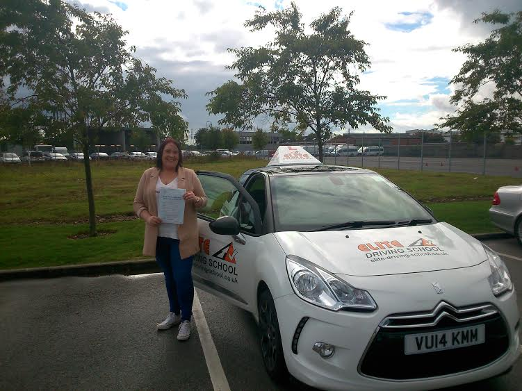 This is Lianne Starkey who took her driving lessons in Hull
