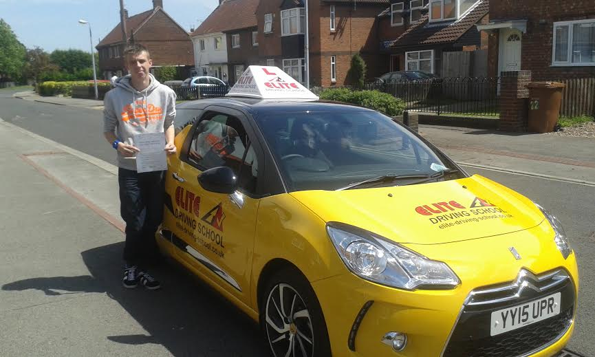 This is Jamie Holey who took his driving lessons in Hull