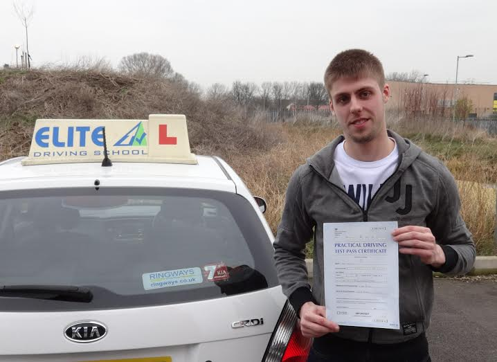 This is Lee Mains who took his driving lessons in Hull