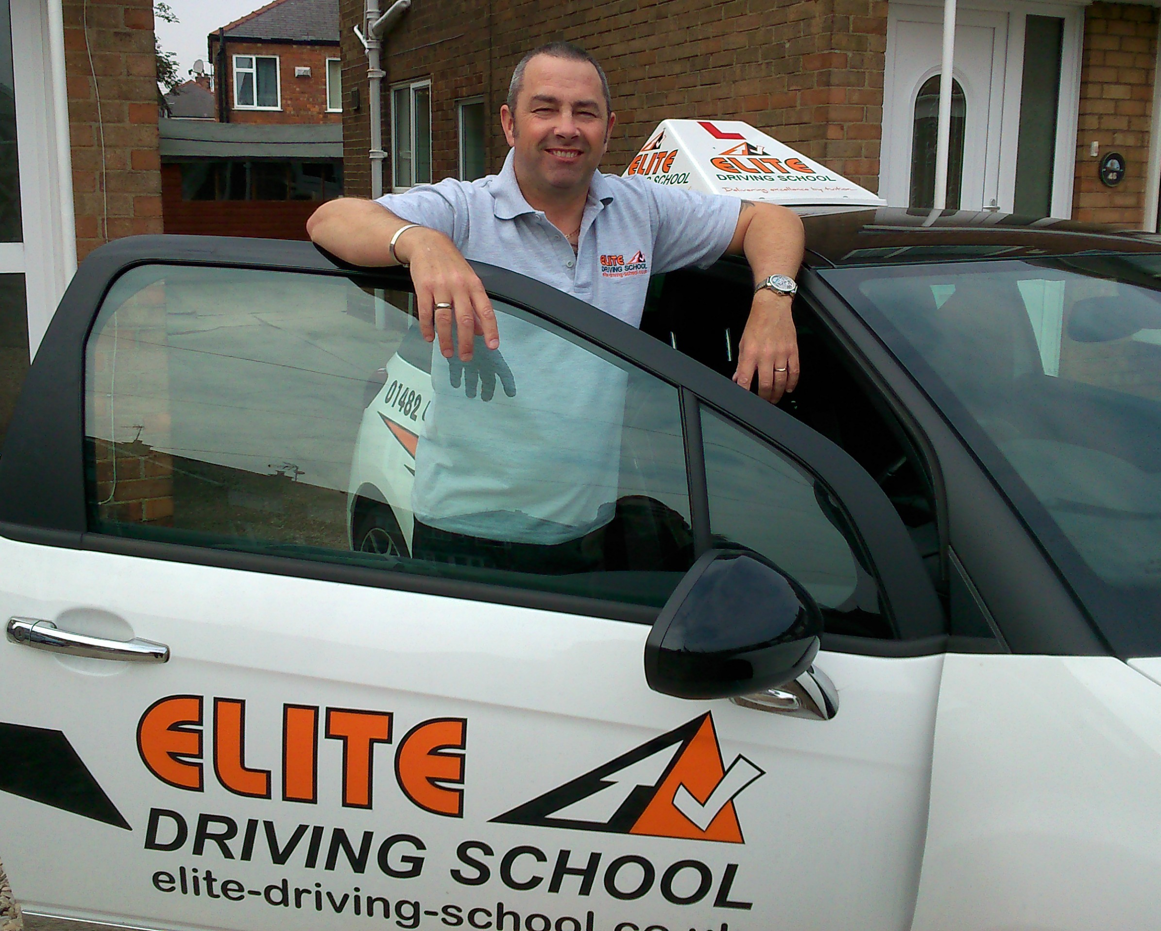 how to train as a driving instructor