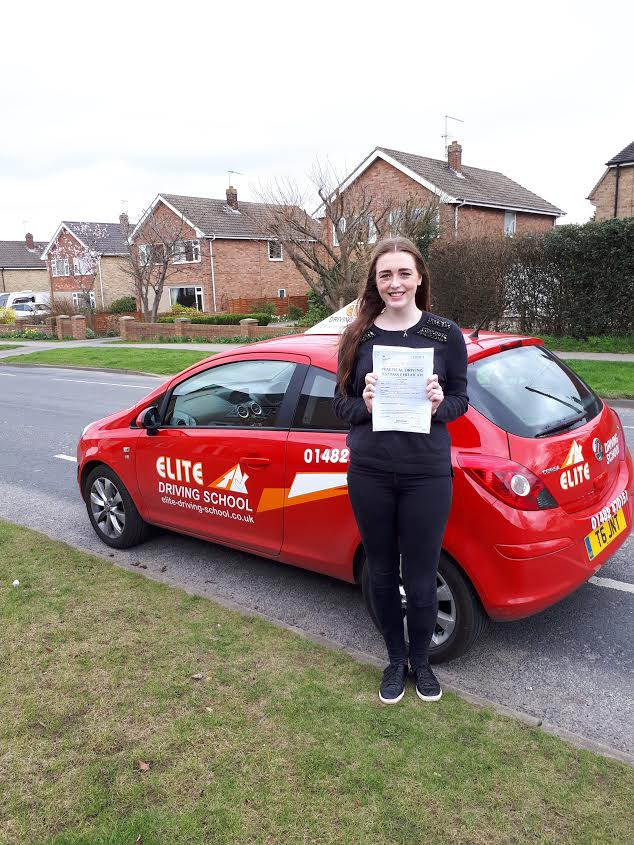 Female Driving Lessons in Hull