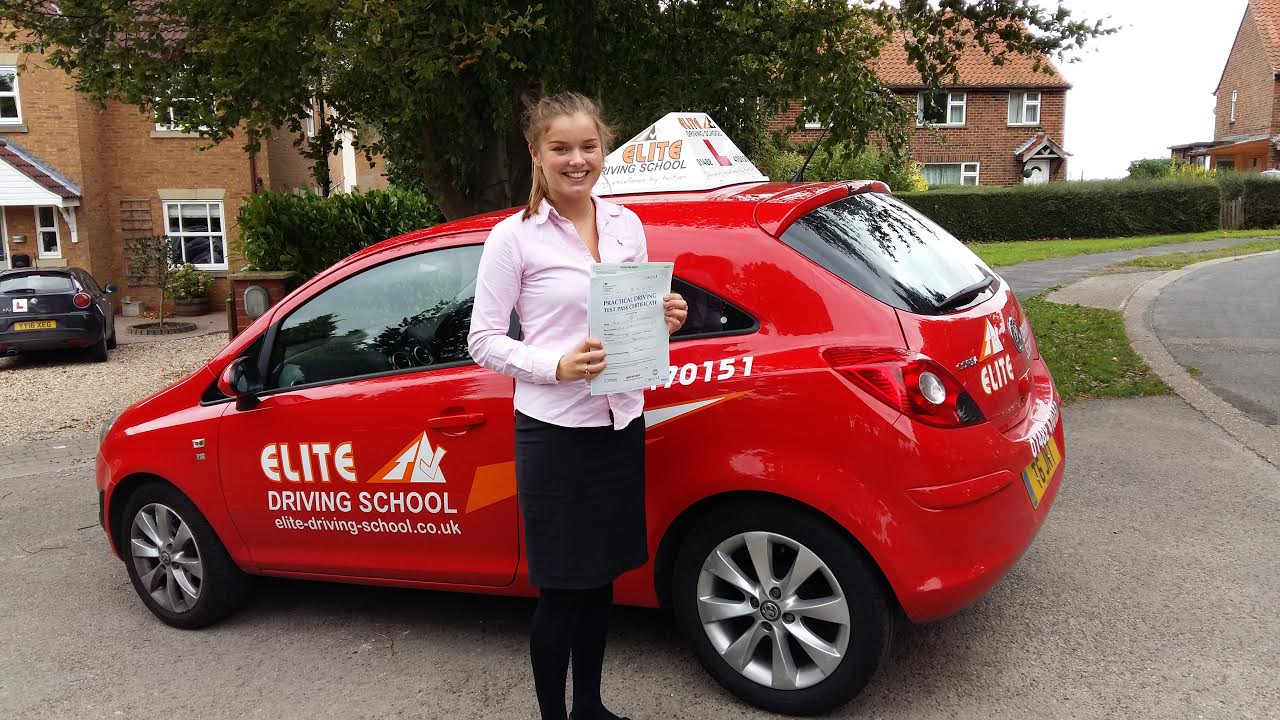 Hull Female Driving Instructors