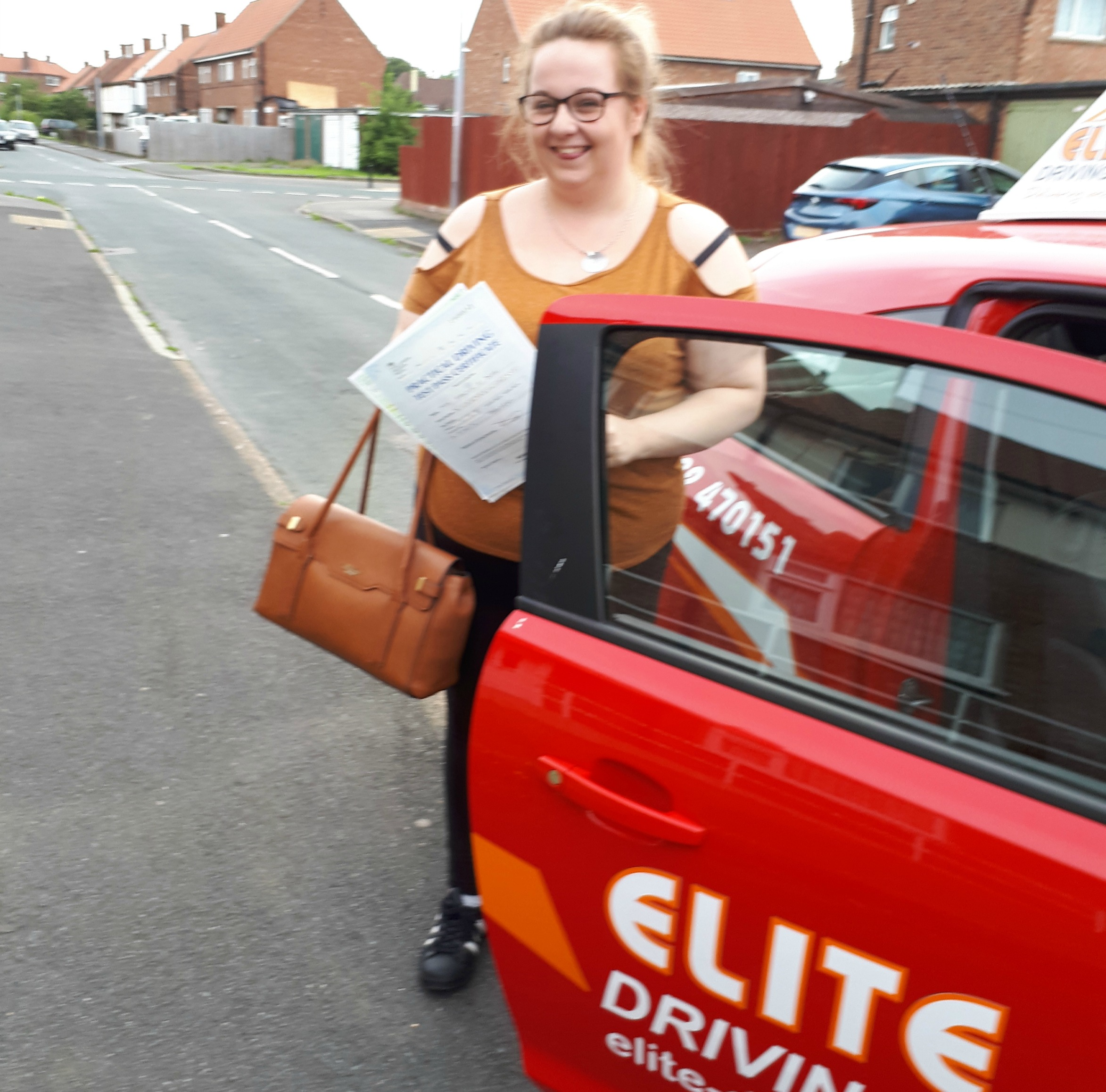 Female Driving Instructor in Hull